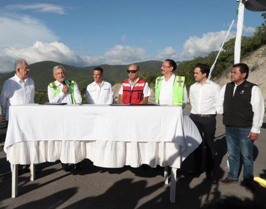 Autopista al Istmo para detonar desarrollo en Oaxaca y en todo el sureste, dice Murat pagina 3
