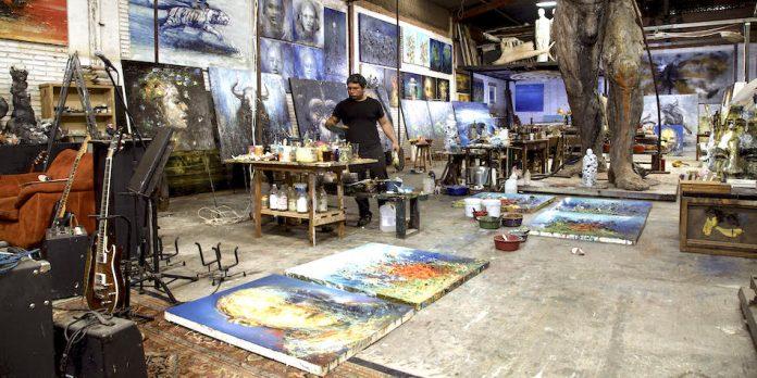 Oaxaqueño Alberto Aragón inaugura exposición