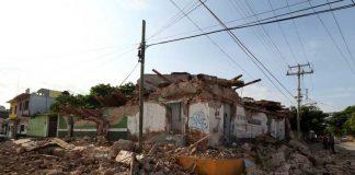 Damnificados por el sismo exigen reconstrucción de casas y escuelas pagina 3
