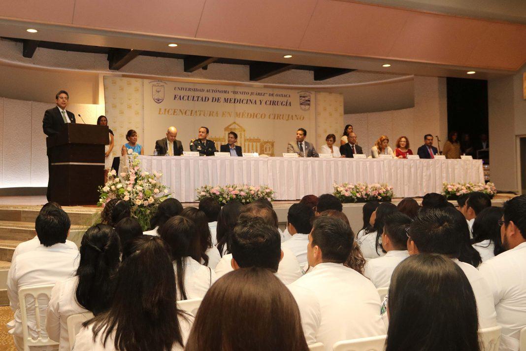 UABJO aporta una generación más de profesionales en medicina pagina 3
