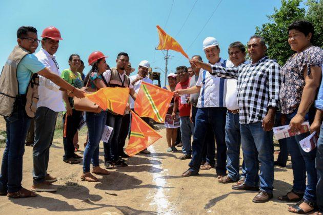 Con inversión de 831 mil 989 pesos, el Ayuntamiento juchiteco inicia tres obras más pagina 3