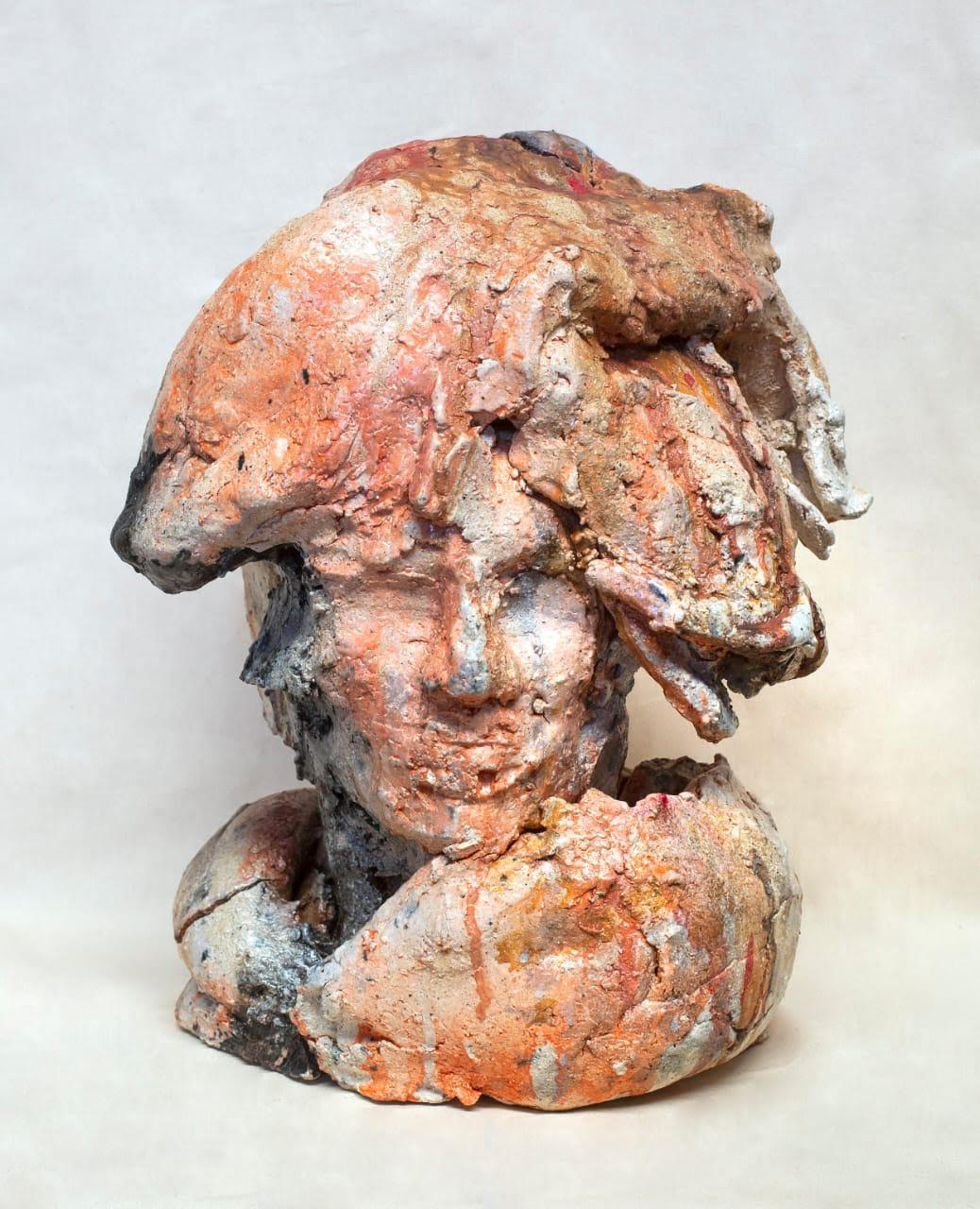 Obra de Alberto Aragón, escultura sombrero de mar pagina 3
