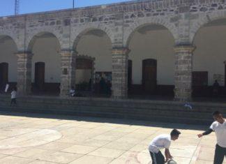 Diputados de Oaxaca desacatan orden de TEPJ, Tezoatlán sigue sin edil pagina 3