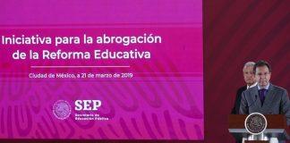 Arranca ciclo escolar con reforma educativa de AMLO; advierten que IEEPO no tendrá control de plazas pagina 3