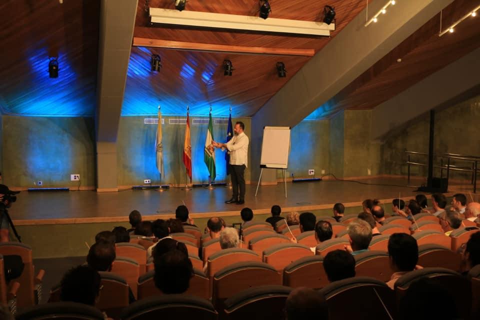 Florencio Gómez en clases presenciales de la Cumbre