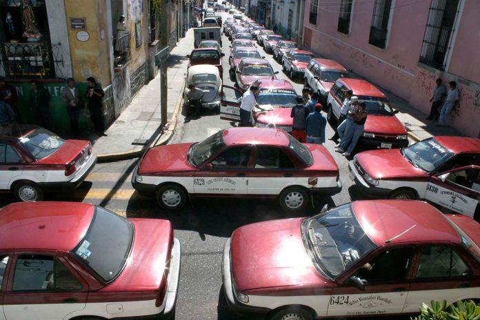 SEMOVI busca prohibir entrega de taxis para evitar repetir concesiones ilícitas de Cué pagina 3
