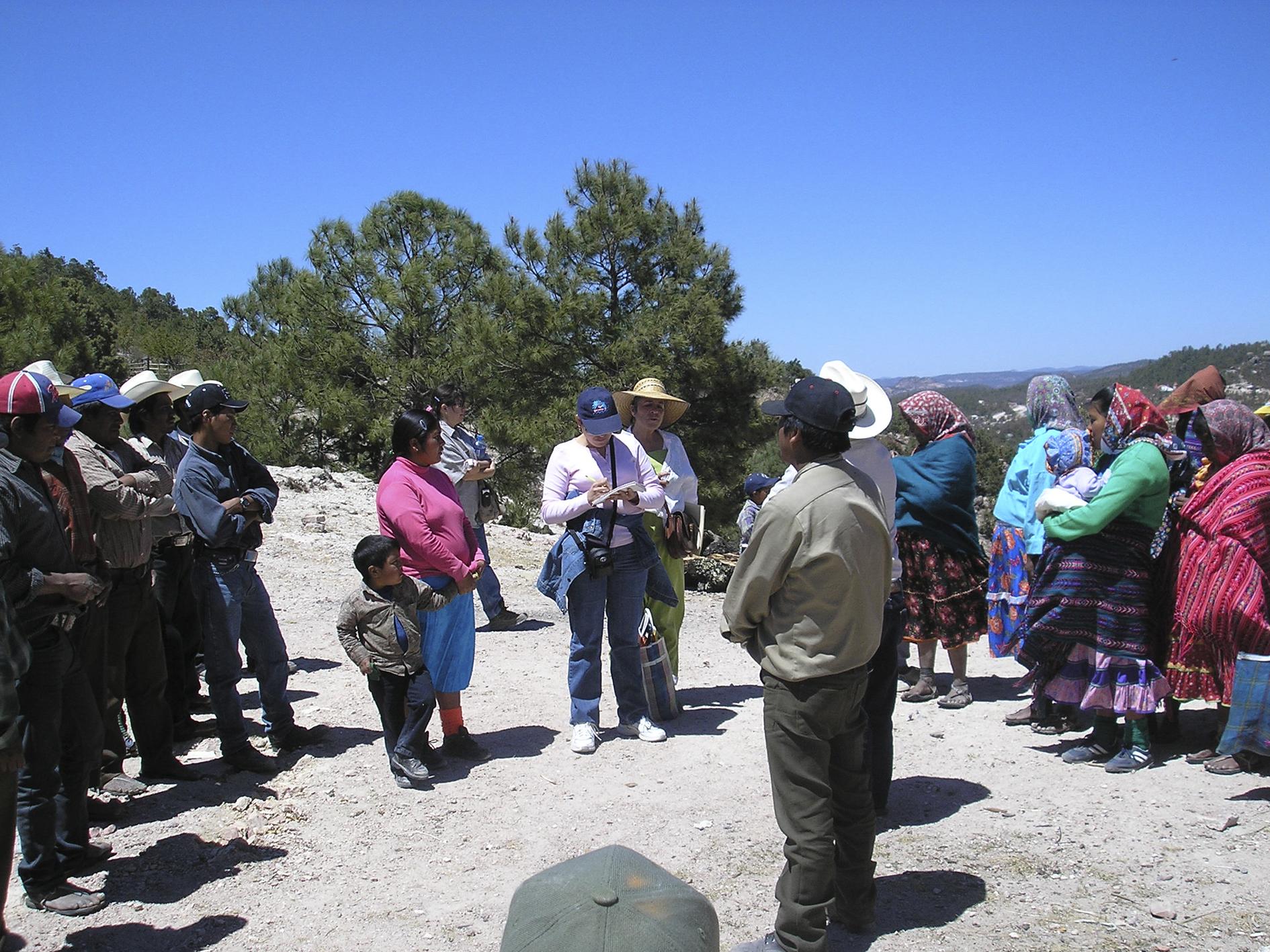 La periodista tenía una relación muy cercana con comunidades rarámuris que habitan la como sierra Tarahumara. De Familia Breach Veldu_ea_Colectivo 23 de marzo