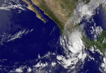 Detectan probabilidad de ciclón al sur de las costas de Oaxaca pagina 3