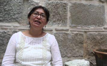 """Emiliana Cruz: doctora lingüista e indígena que descifró su lengua chatina """"de mojada"""" en EUA"""