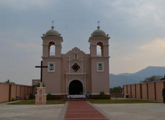 Personas de Agua Blanca, Oaxaca, que son migrantes en EUA sufren saqueo de su iglesia pagina 3