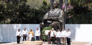 AMLO entregará presupuesto federal a Guelatao como premio a la honestidad en pueblos originarios