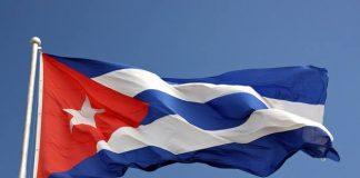 Huir del hambre y la epidemia: Cuba en psicosis