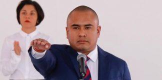 Síndica y regidores revientan a gritos ayuntamiento de Santa Lucía acusando de corrupción a Dante Montaño
